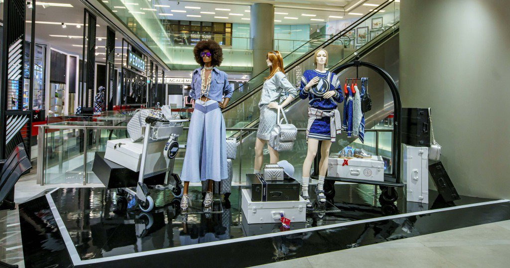 08_CHANEL-x-Pedder-on-Scotts-Pop-up-installation_HD-1024x538